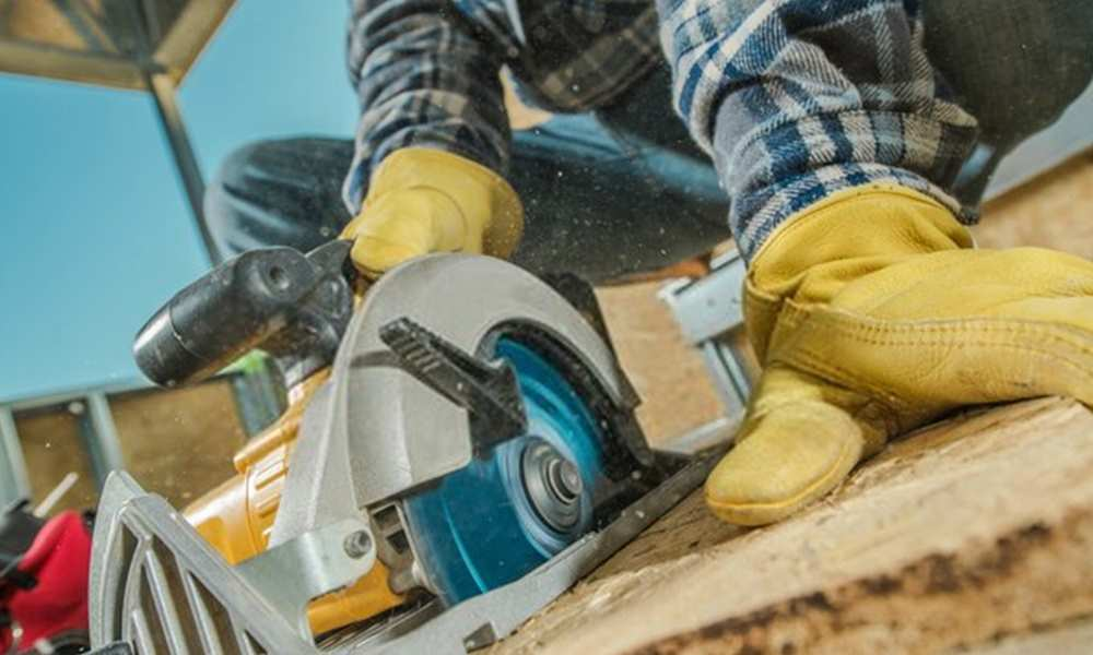 Circular Saw Safety Rules & Tips